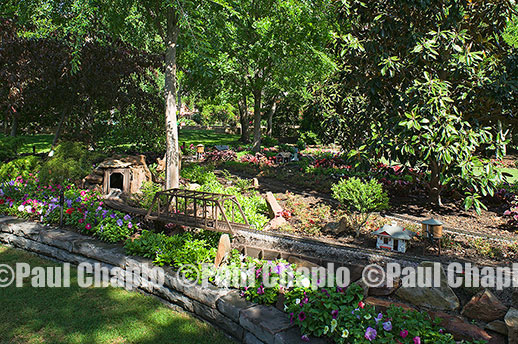 MODEL TRAIN garden landscape architecture digital photographers Dallas, TX Texas Architectural Photography garden design